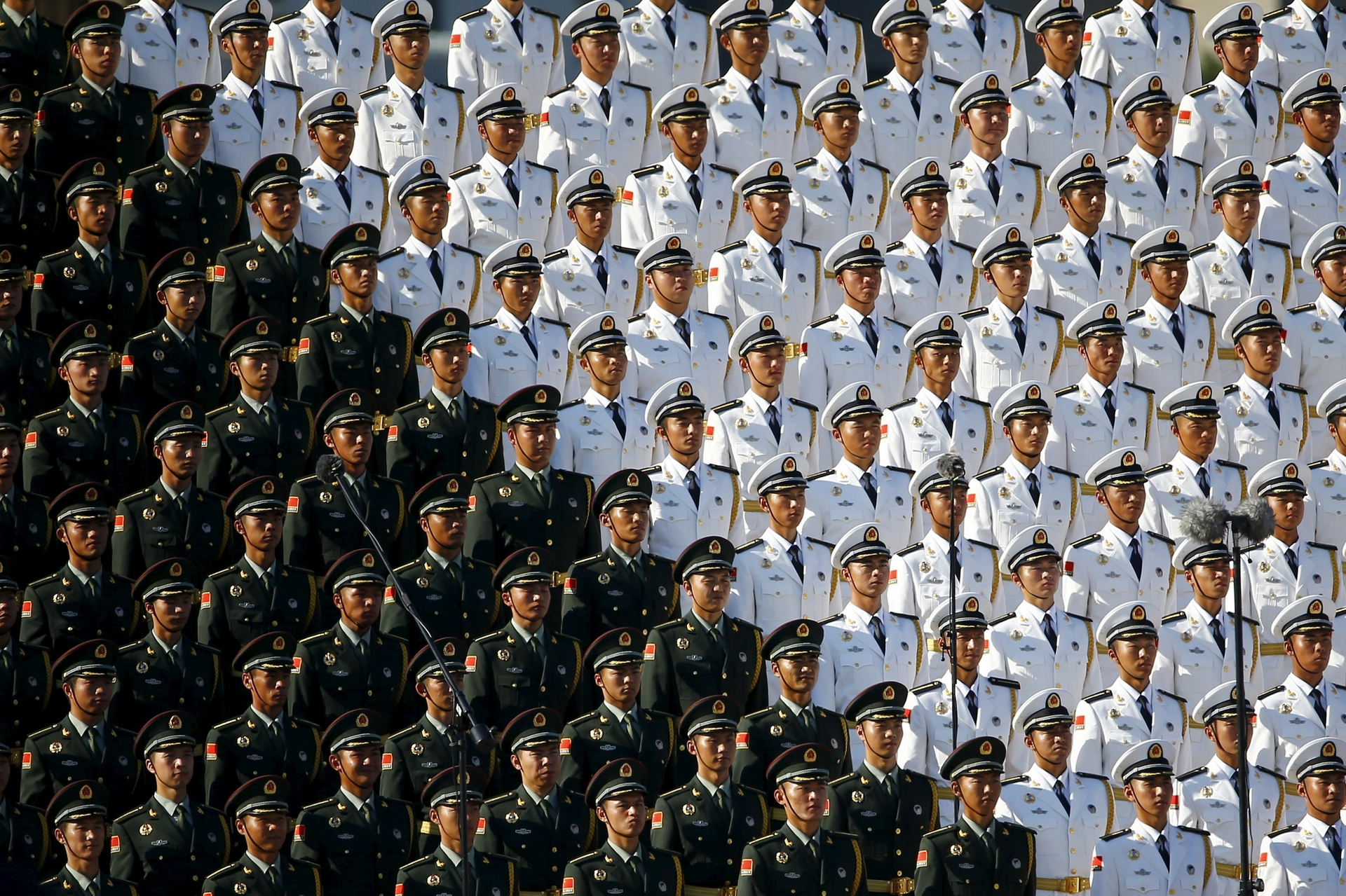 #10 | Перфекционизм по-китайски: зловещая магия организованной толпы | BrainBerries