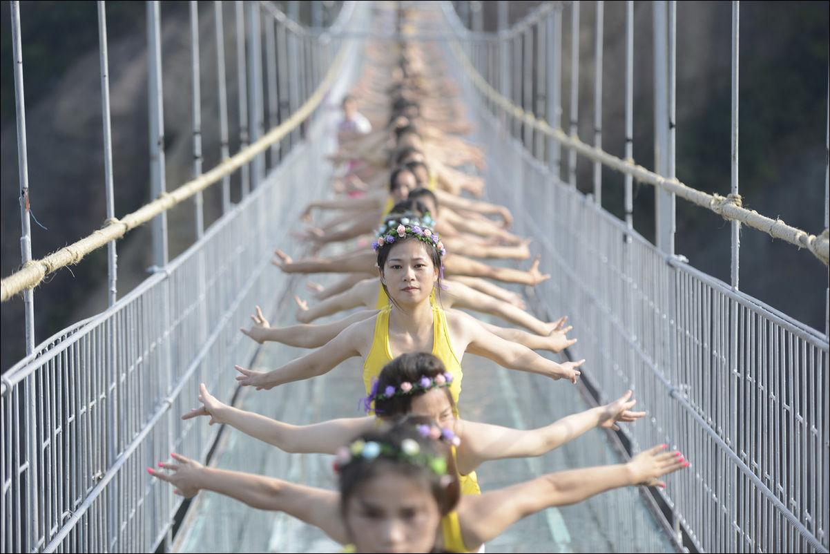 #7 | Перфекционизм по-китайски: зловещая магия организованной толпы | BrainBerries