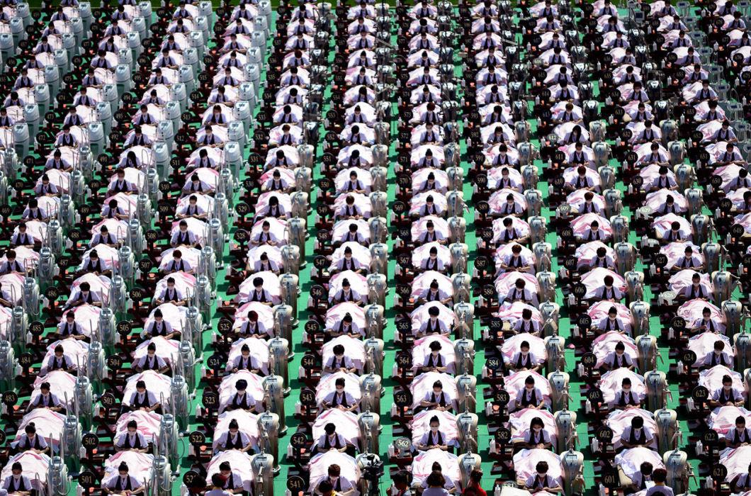 #8 | Перфекционизм по-китайски: зловещая магия организованной толпы | BrainBerries