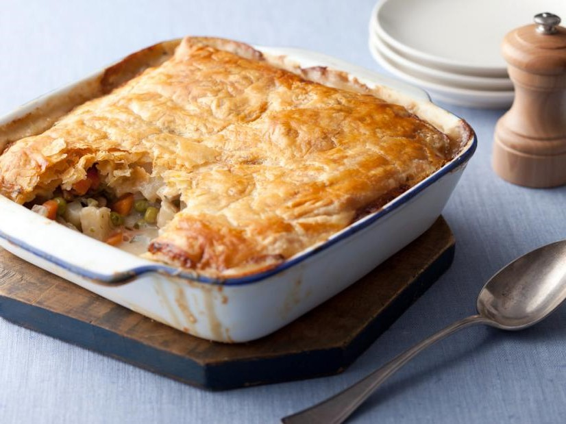 Vegetarian Pot Pie | 8 Vegetarian Dish Ideas for the Thanksgiving Table| Her Beauty