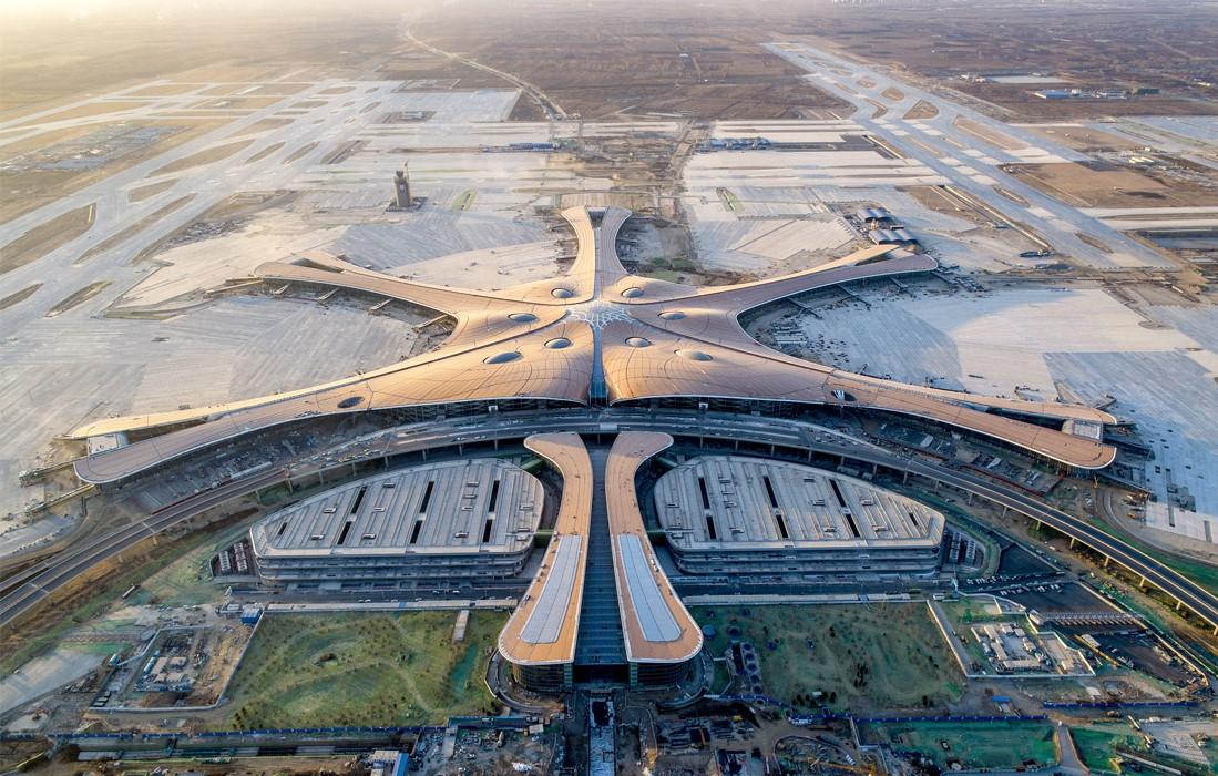 Международный аэропорт Пекин Дасин, Китай | Космические работы самой известной женщины-архитектора Захи Хадид | Brain Berries