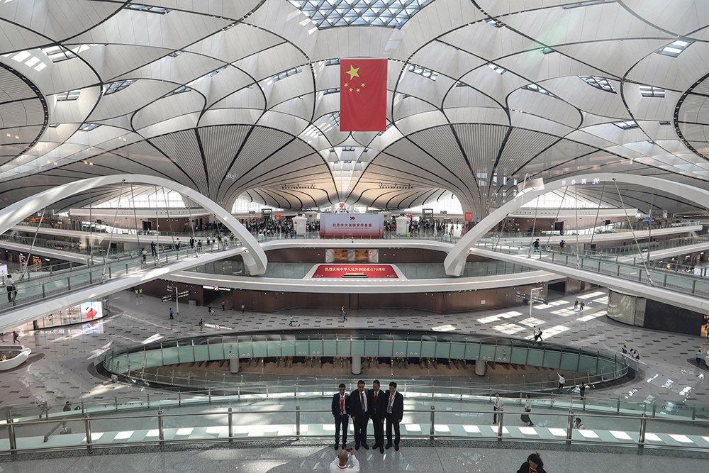 Международный аэропорт Пекин Дасин, Китай внутри | Космические работы самой известной женщины-архитектора Захи Хадид | Brain Berries