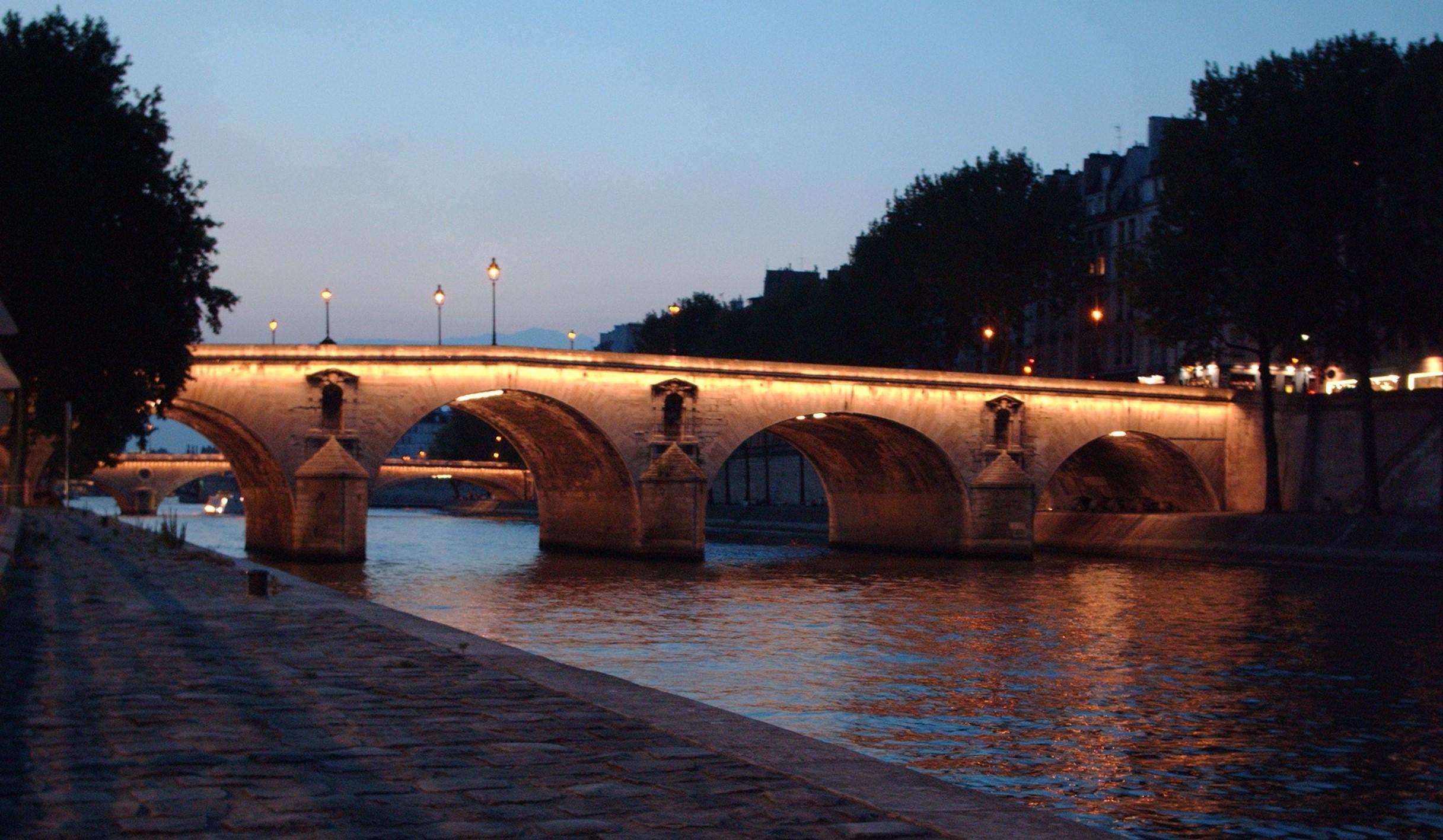 Мост Мари, Париж | 10 волшебных мест, где исполняются заветные желания | Brain Berries