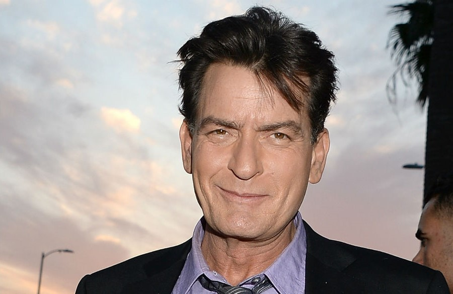 4. Charlie Sheen | 8 Stars You Thought Were Sweet But Are Actually Mean People | Brain Berries