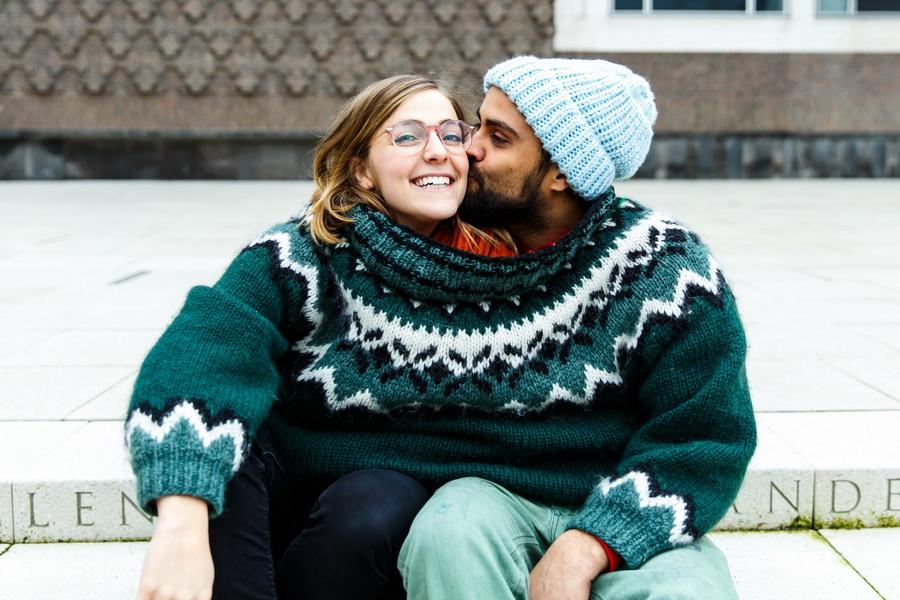 Свой человек | 7 причин, почему мужчины встречаются с одними женщинами, а женятся на других | Zestradar