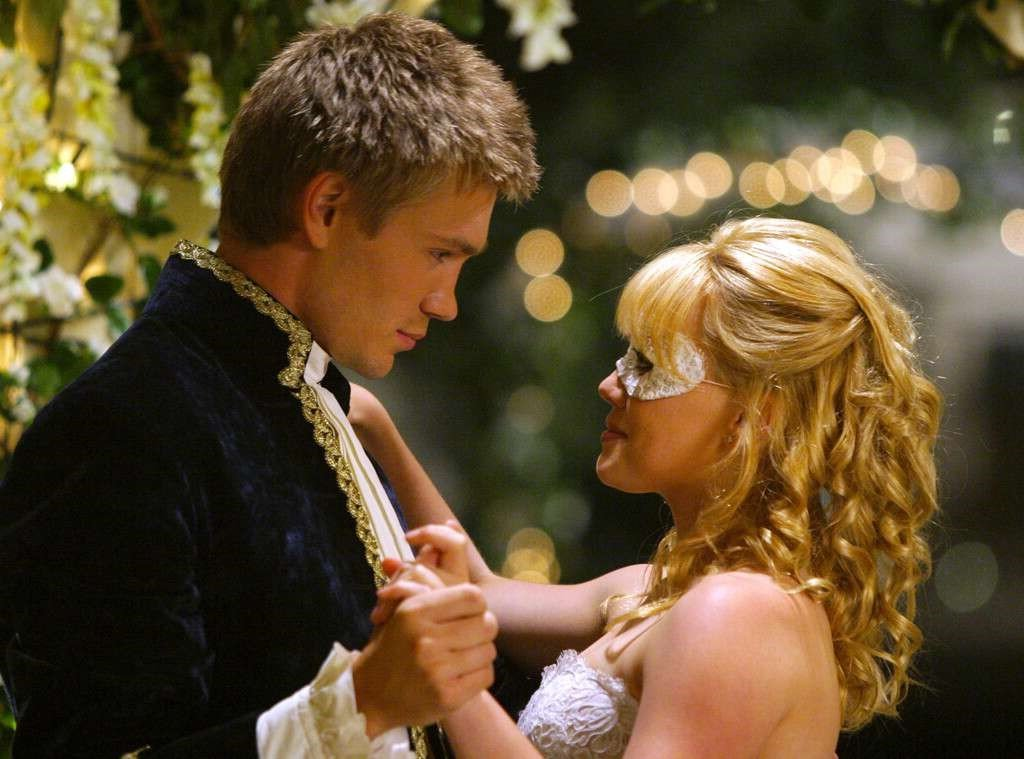 A Cinderella Story (2004) | 7 Cinderella Adaptions Rated From Best to Worst | Brain Berries