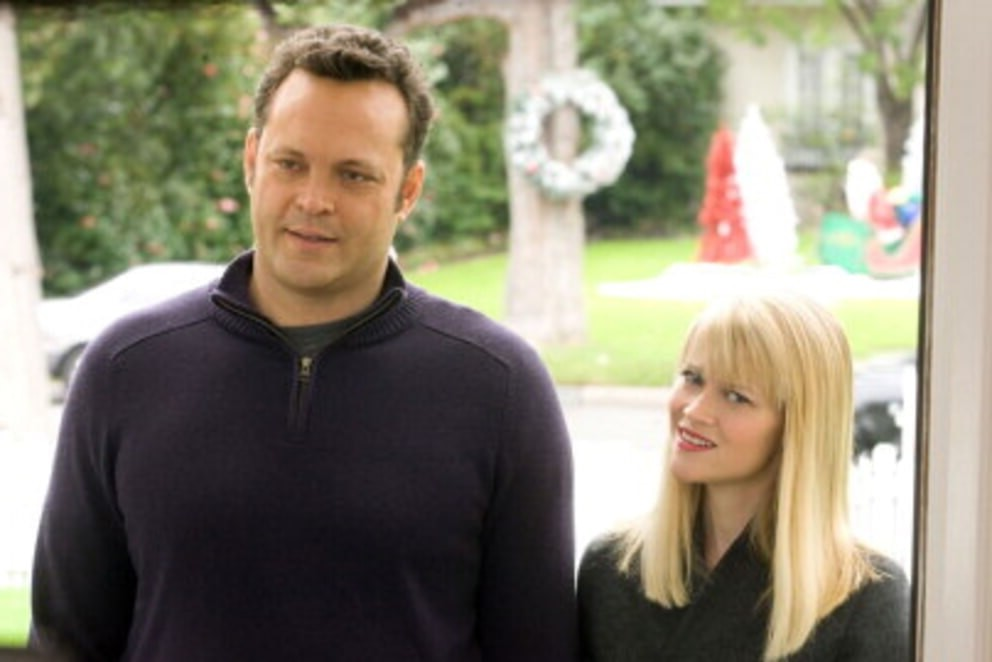 1. Four Christmases (2008) | Top 9 Hilarious Christmas Movies | Brain Berries