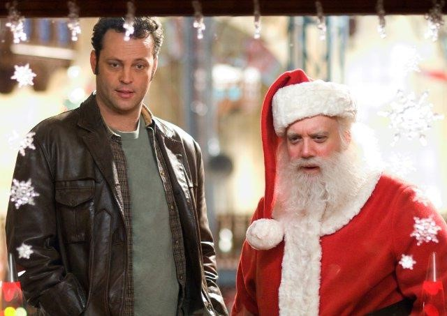2. Fred Claus (2007) | Top 9 Hilarious Christmas Movies | Brain Berries