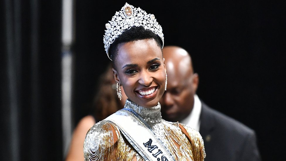 Catwalk | Miss Universe 2019 Zozibini Tunzi Wins The Title With Her Stunning Final Words | Zestradar