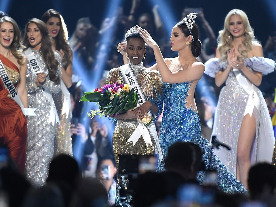 Catriona Gray, Miss Universe 2018 | Miss Universe 2019 Zozibini Tunzi Wins The Title With Her Stunning Final Words | Zestradar