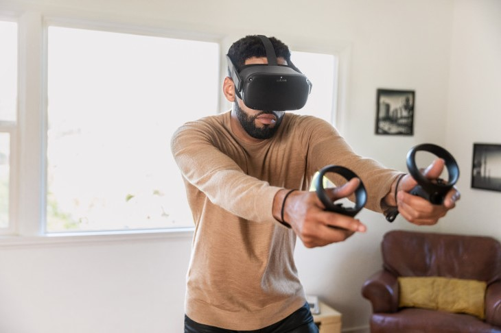 Oculus Quest – $400 | 9 Must-Have Holiday Gadgets for Tech Lovers | Brain Berries