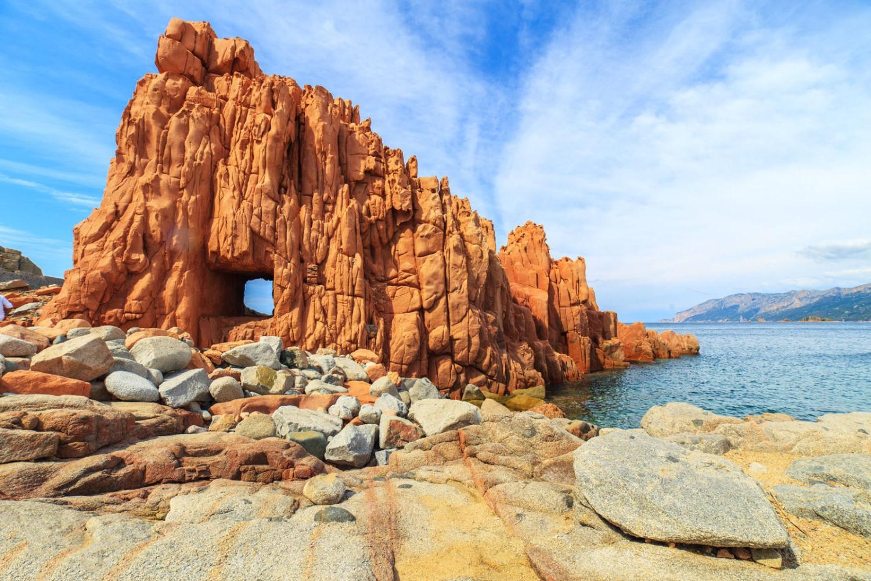 Rocce Rosse di Arbatax |  Paradisi naturali in giro per l'Italia | BrainBerries