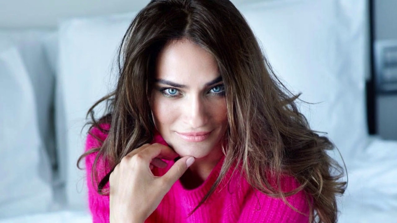 Саадет Аксой | 10 турецких актрис, которые покорят вас своей красотой | Brain Berries