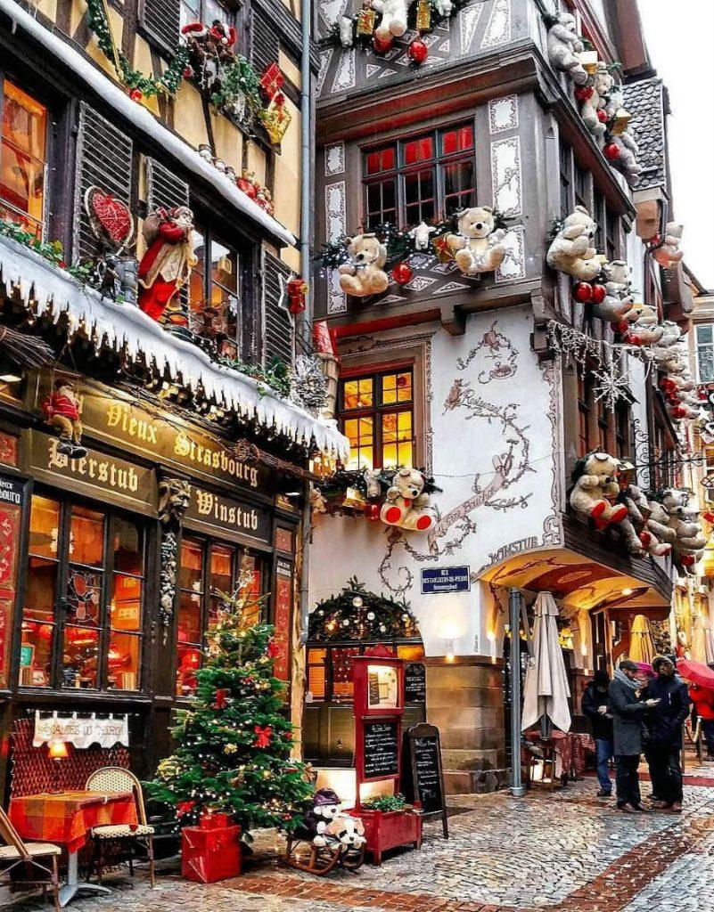 Strasbourg, France | 7 Christmassy Villages In Europe | Zestradar