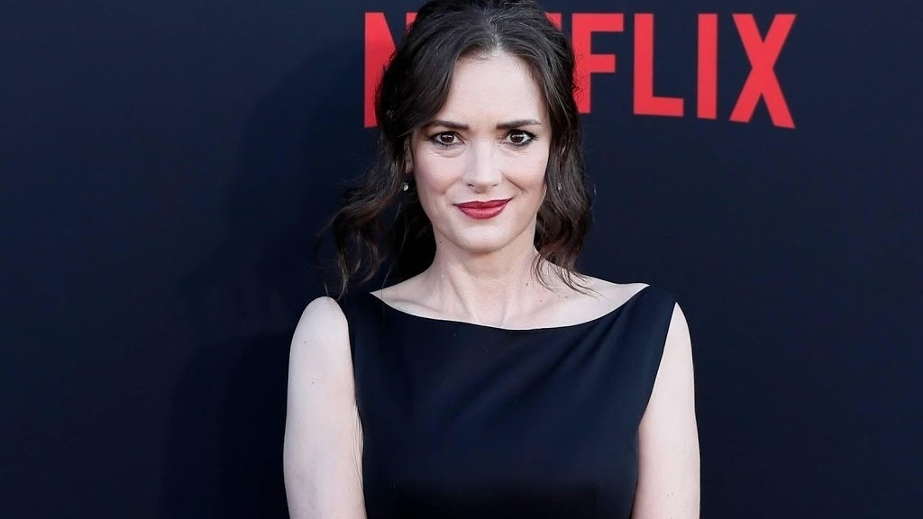Winona Ryder – $18 Million | 9 Stars From The 90s Who Are Still Rich | Brain Berries