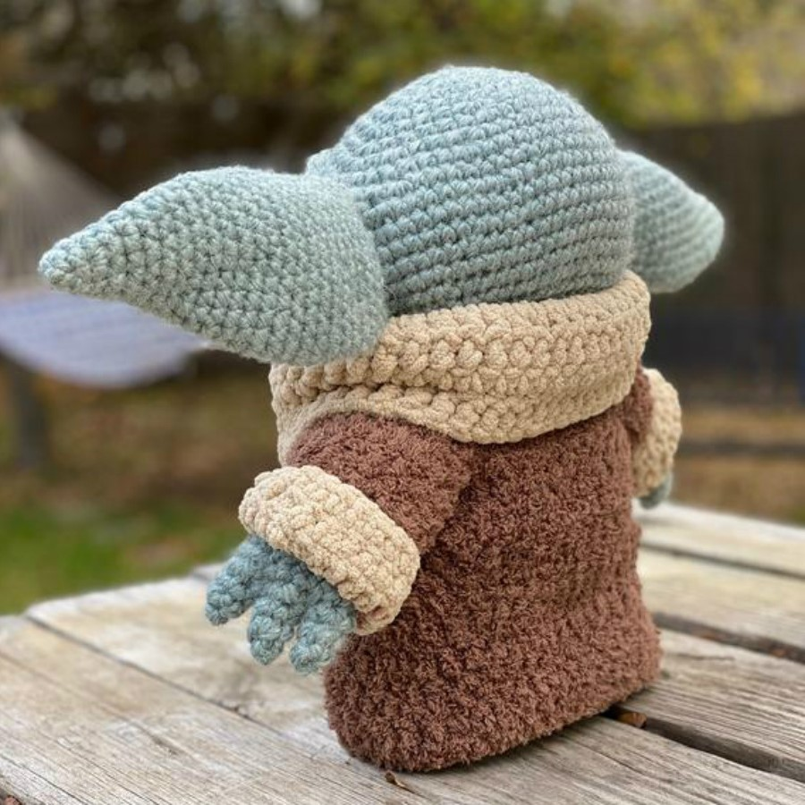 #5 | This Crocheted Baby Yoda Is Too Adorable To Handle | Zestradar