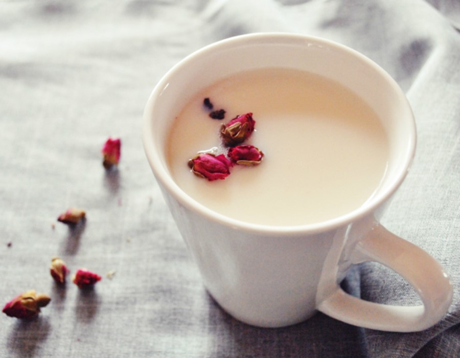 It can cause digestive problems | Wanna See What Happens To Your Body When You Drink Milk Everyday? | Zestradar
