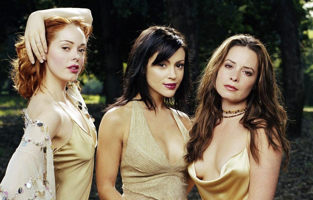 Halliwel Sisters (Charmed) | 10 Coolest Witches We've Seen On Screen | Zestradar