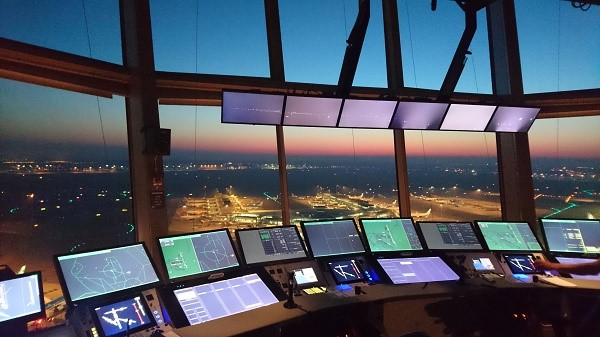 7. Air Traffic Controller | 8 Jobs That Can Make You Rich | Brain Berries