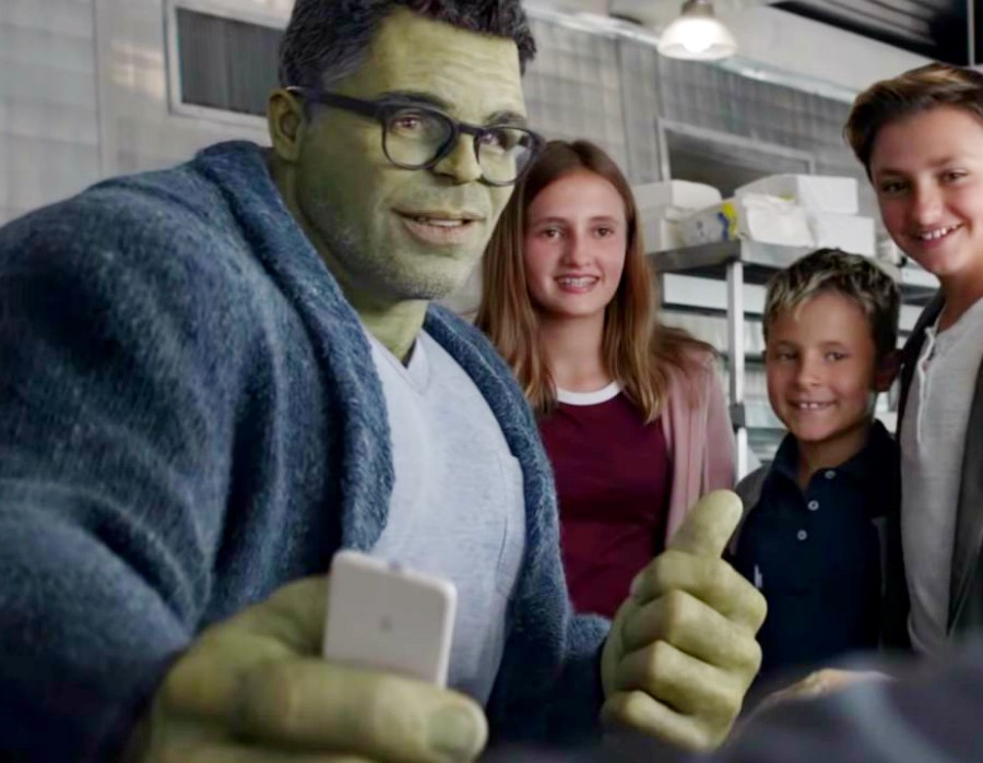 Bruce Banner/ Mark Ruffalo | Ranking The Top Hottest Avangers Ever [In No Particular Order, Except For Iron Man Maybe] | Zestradar