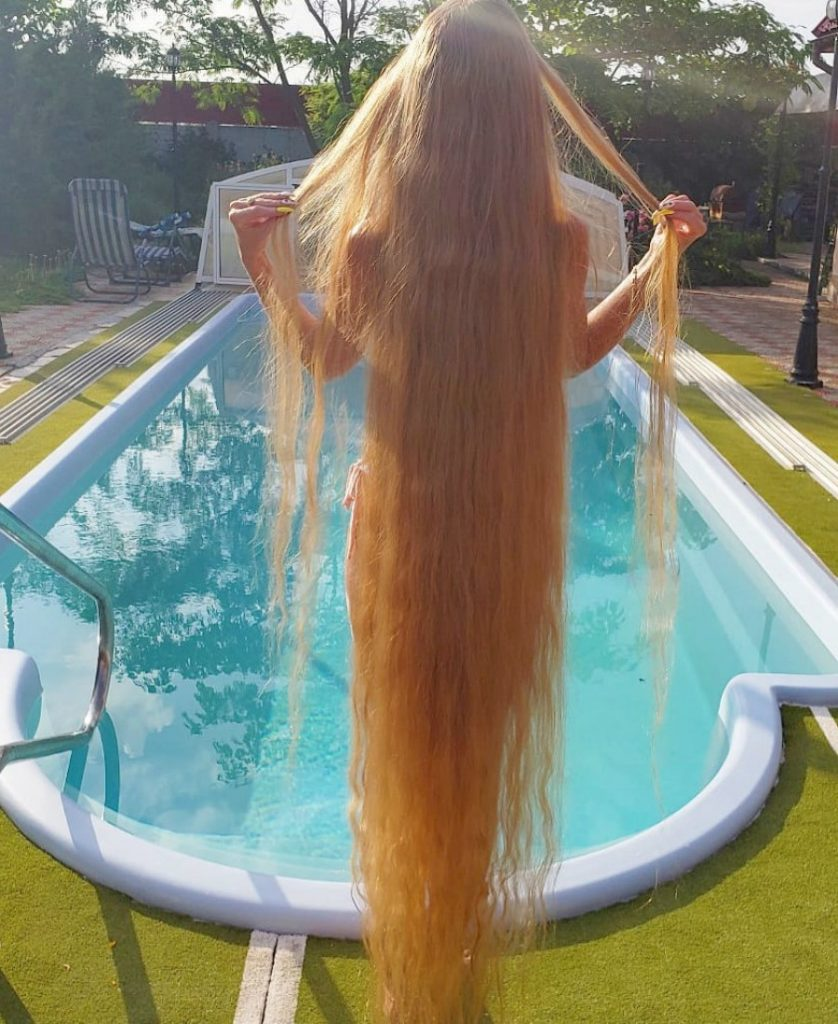 Meet Real-Life Rapunzel With 1.85 Meter Long Hair #4 | Zestradar