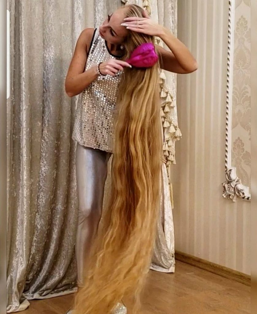 Meet Real-Life Rapunzel With 1.85 Meter Long Hair #5 | Zestradar