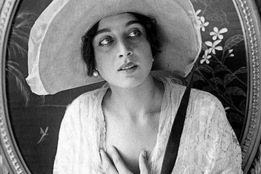 Вера Холодная | 10 советских актрис, которые дали бы фору голливудским красоткам | Zestradar