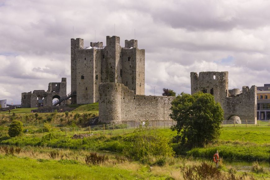 Braveheart – County Meath (Ireland) | 10 Cool Locations From Famous Movies You Can Visit Right Now | Zestradar