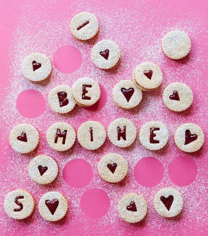 Be Mine Cookies | 12 Cute Valentines Day Cookies Ideas | Zestradar