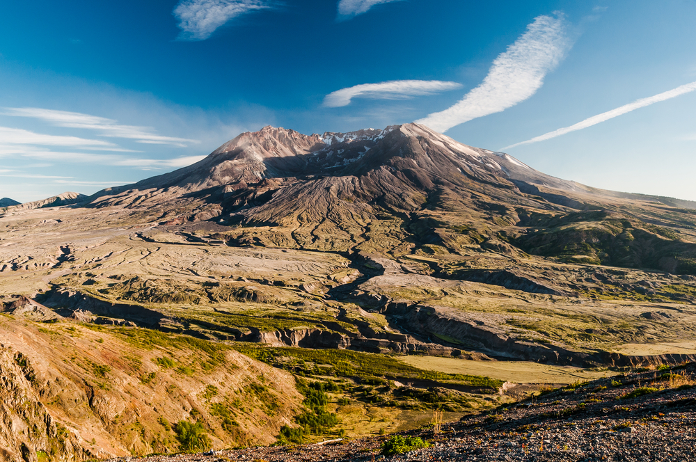 This image has an empty alt attribute; its file name is Mount-St.-Helens-Washington-State.jpg