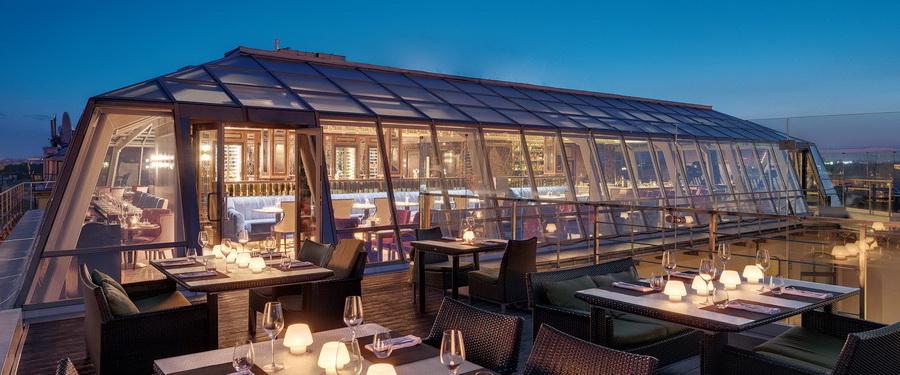 Kempinski Hotel Moika 22 St. Petersburg  | 10 самых шикарных отелей России | Zestradar