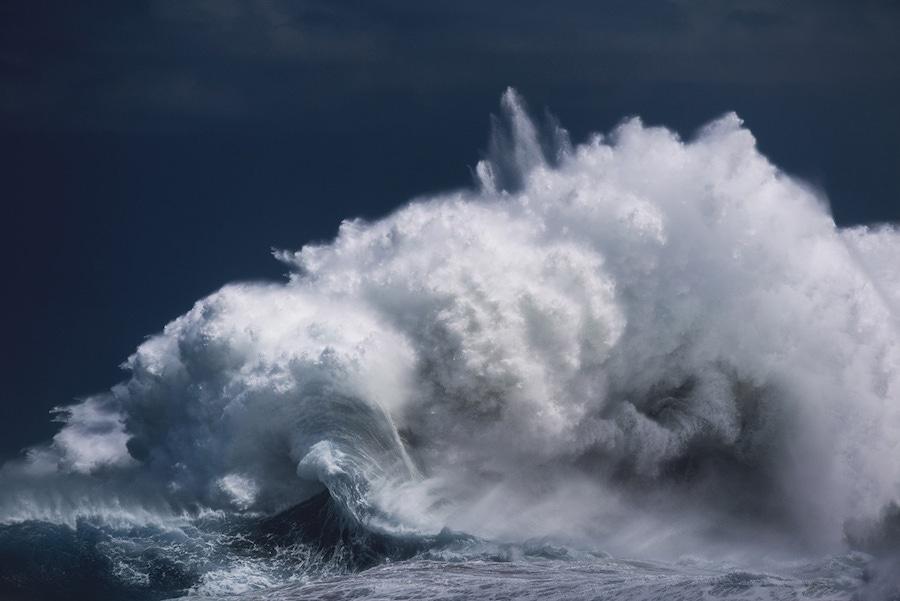 Stunning Wave Photography By Luke Shadbolt #3 | Zestradar