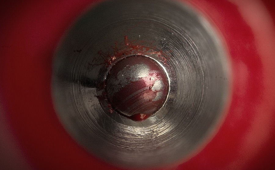 Шарик ручки | Предметы под микроскопом: удивительный макромир | Zestradar