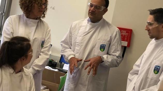 Лео Варадкар медицина | Удивительные истории Великобритании: возвращение во врачебную практику | Zestradar