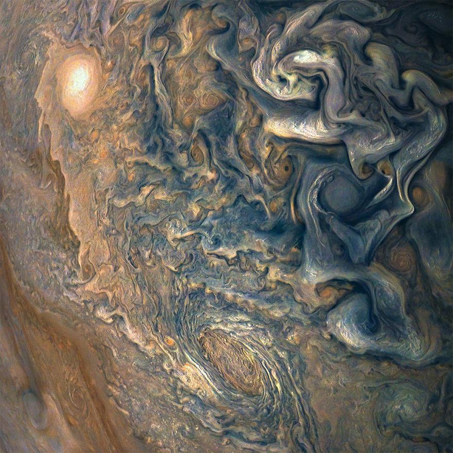 Овие нови фотографии од Јупитер се апсолутно надреални | Мозок бобинки
