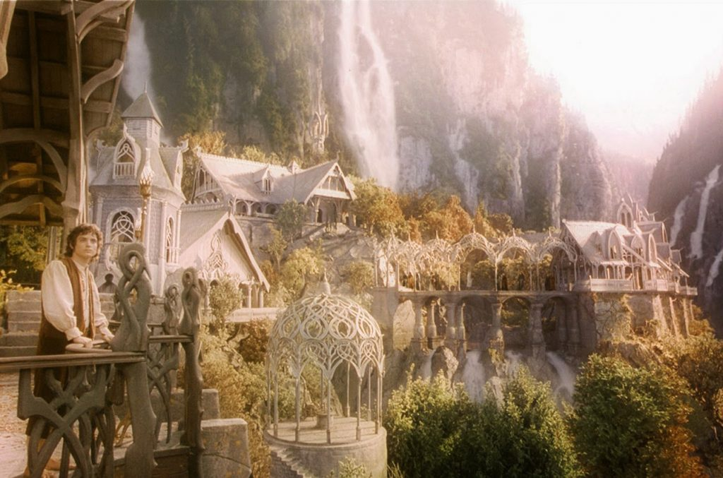 The Lord Of The Rings: The Fellowship Of The Ring (2001) | 10 Best and Worst Fantasy Movies Ever Made | Zestradar