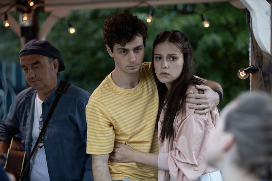 Война семей | 8 лучших новых сериалов начала года | Zestradar