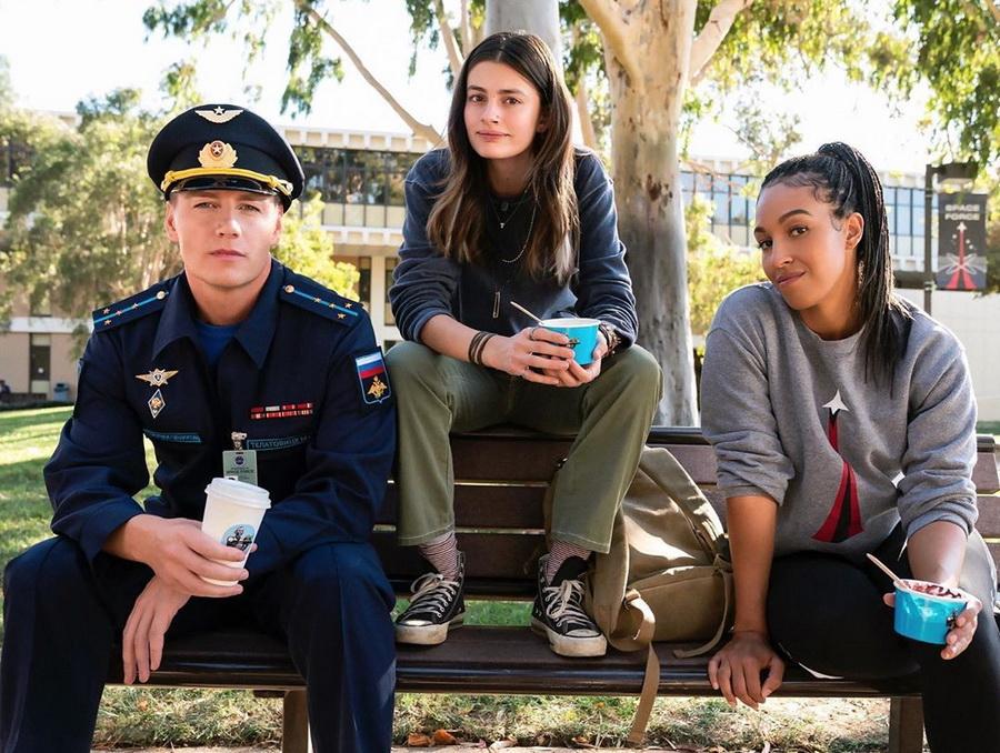 #4 | Семь интересных фактов о новом сериале на Netflix «Космические войска» | Zestradar