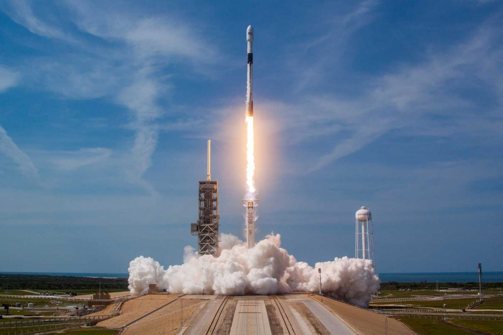 5 Interesting Facts About SpaceX's First Manned Launch | Brain Berries