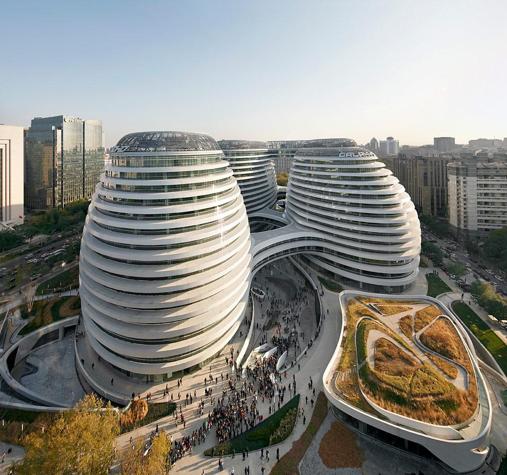 Zaha Hadid | 11 Greatest Architects in History | Advacar