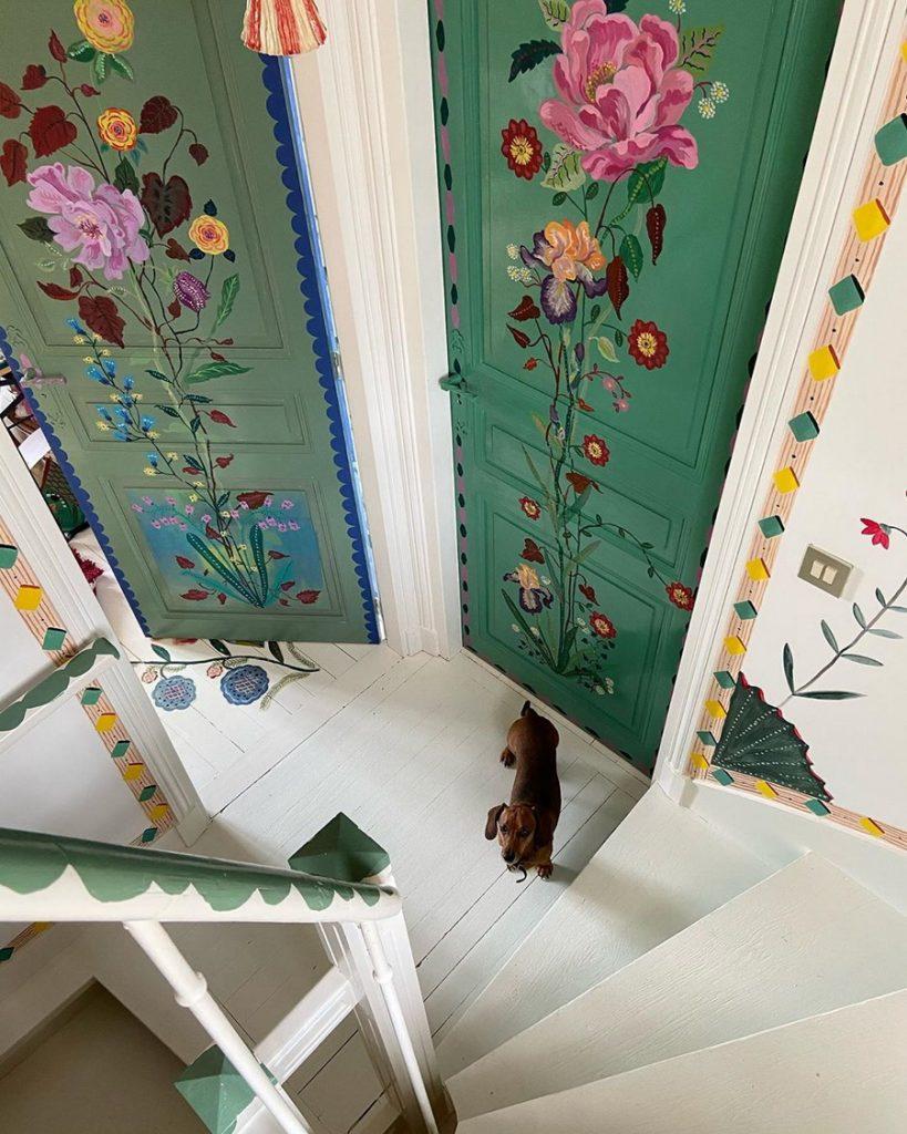 #2 | Сказочный дом французской художницы, стены  которого стали картинами | Zestradar