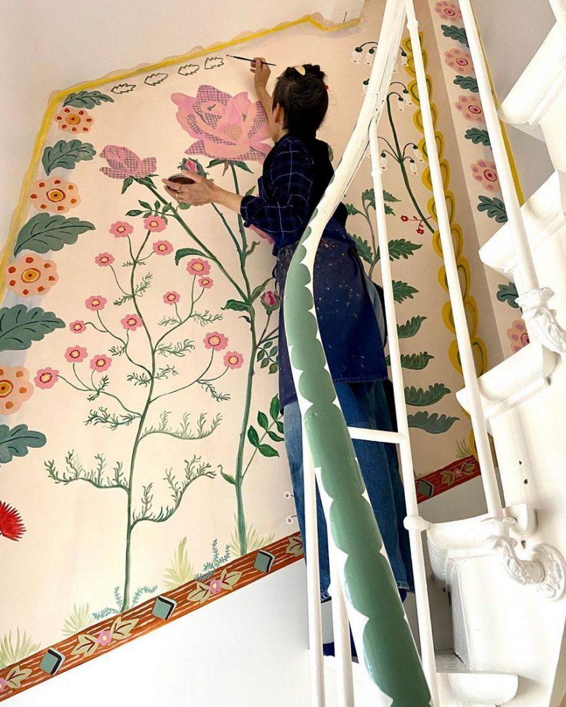 #3 | Сказочный дом французской художницы, стены  которого стали картинами | Zestradar