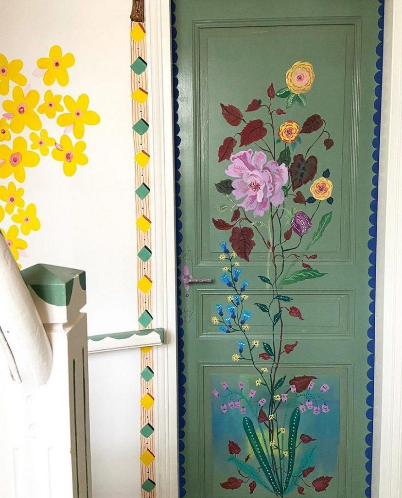 #10 | Сказочный дом французской художницы, стены  которого стали картинами | Zestradar