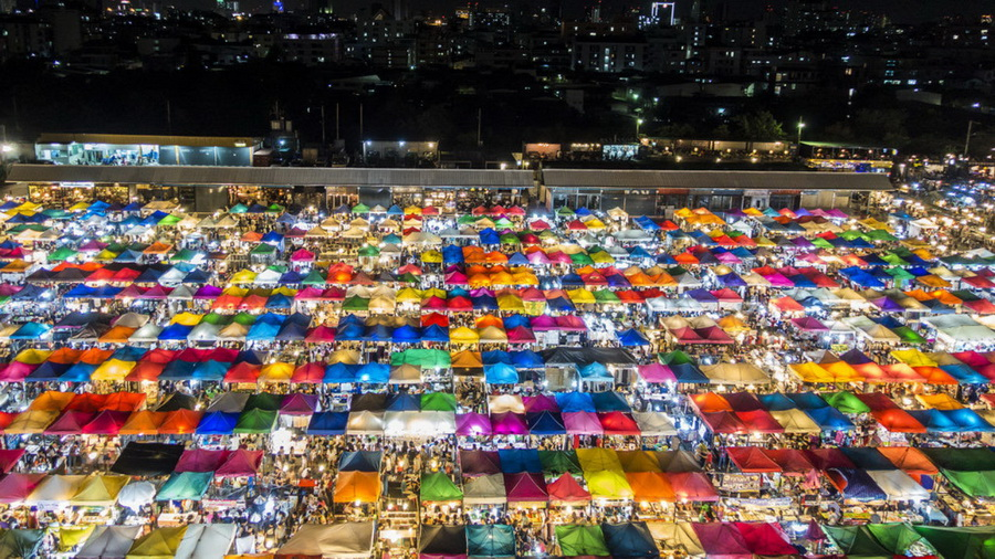 Рынок Ратчада, Бангкок | Топ-10 самых больших ночных рынков в мире | Zestradar