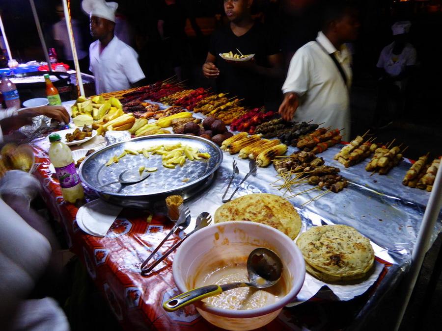 Рынок Занзибара - Каменный город, Танзания | Топ-10 самых больших ночных рынков в мире | Zestradar