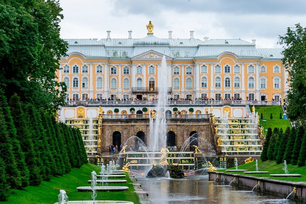 7 Most Beautiful Royal Palaces In The World | Brain Berries