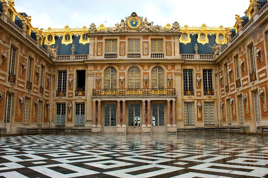 7 Most Beautiful Royal Palaces In The World #6 | Brain Berries