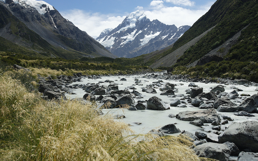 4. Mount Cook, New Zealand | 8 Of The Best Places To Camp Around The World | Brain Berries