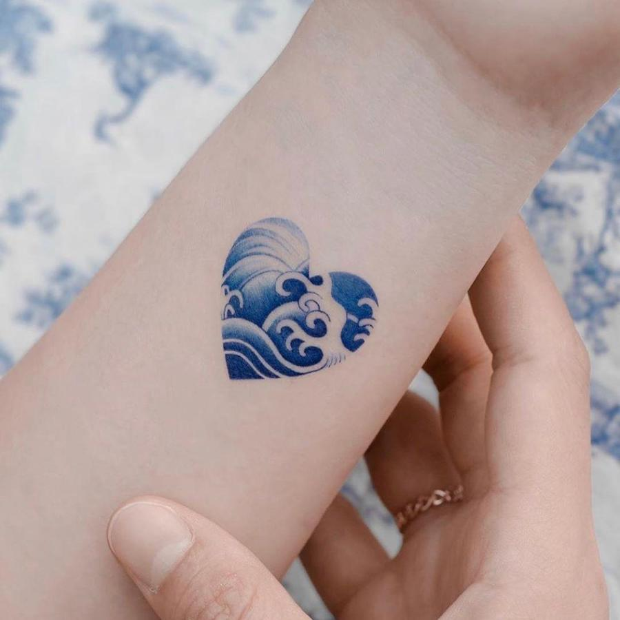 #1 | Chinese Porcelain But Make It A Tattoo | Zestradar