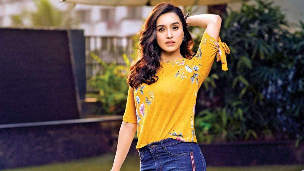 Shraddha Kapoor | 6 Bollywood Actresses That Are More Beautiful Than Any Hollywood Star | Zestradar
